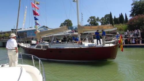 15.-El Pros suelta amarras del Muelle de las Delicias1
